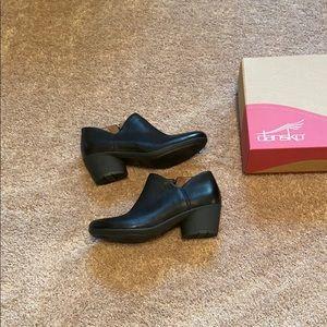 Black Dansko shoes